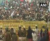JNU Students Protest: 9 घंटे तक चला छात्रों का प्रदर्शन, 6 घंटे 'बंधक' बने रहे HRD मंत्री
