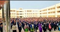 स्कूलों ने की सख्ती, बिना हेलमेट 'नो एंट्री'
