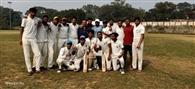 सिंदरी कॉलेज को हराकर गुरुनानक कॉलेज बीबीएमकेयू क्रिकेट के फाइनल में