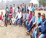 Jharkhand Assembly Election 2019 : स्ट्रांग रूम की 24 घंटे पहरेदारी कर रहे उम्मीदवार और कार्यकर्ता