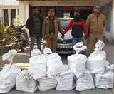 लग्जरी कार से ला रहा था शराब की खेप, 12 पेटी संग गिरफ्तार Dehradun News