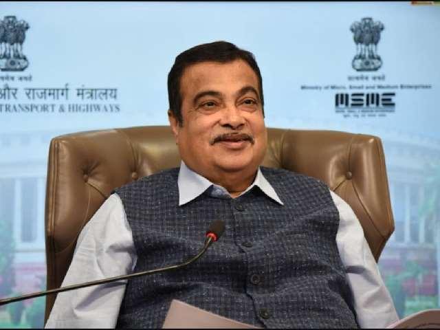नितिन गडकरी ने मणिपुर में 4148 करोड़ रुपये की 16 राष्ट्रीय राजमार्ग परियोजनाओं का उद्घाटन और शिलान्यास किया