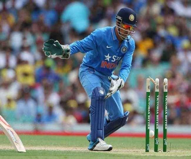 टीम इंडिया के पूर्व कप्तान एम एस धोनी (एपी फोटो)