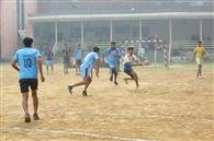 आर्य कॉलेज की टीम ने कैथल को 29-23 से हराया