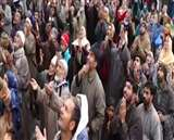 पाकिस्तान का एक और झूठ उजागर, हजरतबल पर दुआएं करते दिखे लाखों श्रद्धालु