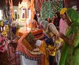 प्रकाश पर्व: गुरुद्वारों में सुबह से सजे कीर्तन दरबार, श्रद्धा का उमड़ रहा सैलाब Agra News