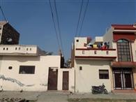 कस्बे में छह जगहों पर हाई टेंशन लाइन से लोगों को खतरा
