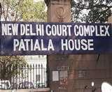 Nirbhaya case: गवाह के खिलाफ केस दर्ज करने को लेकर दोषी पवन के पिता ने कोर्ट में दाखिल की अर्जी