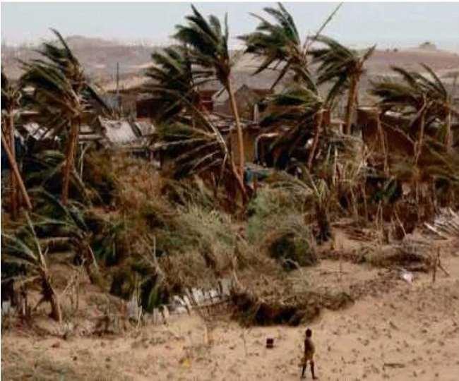 देश के पश्चिमी तट की ओर से चक्रवाती तूफान आने की संभावना (फाइल फोटो)