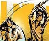 मधुबनी में महिला को बीच चौराहे पर दर्जनों लोगों ने मिलकर पीटा, जांच में जुटी पुलिस Madhubani News