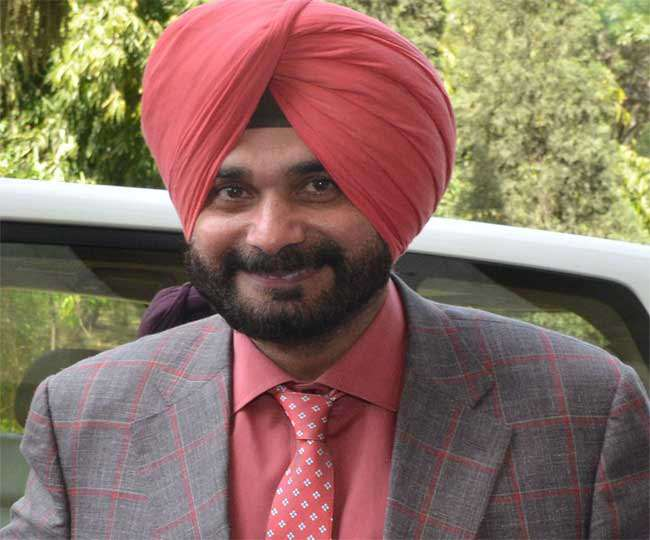 पंजाब के पूर्व मंत्री नवजोत सिंह सिद्धू की फाइल फोटो।