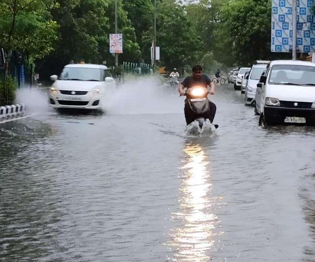 Delhi Monsoon Update: देर से पहुंचा लेकिन क्या दुरुस्त पहुंचा मानसून, जानिये- दिल्ली-NCR में कब होगी झमाझम बारिश