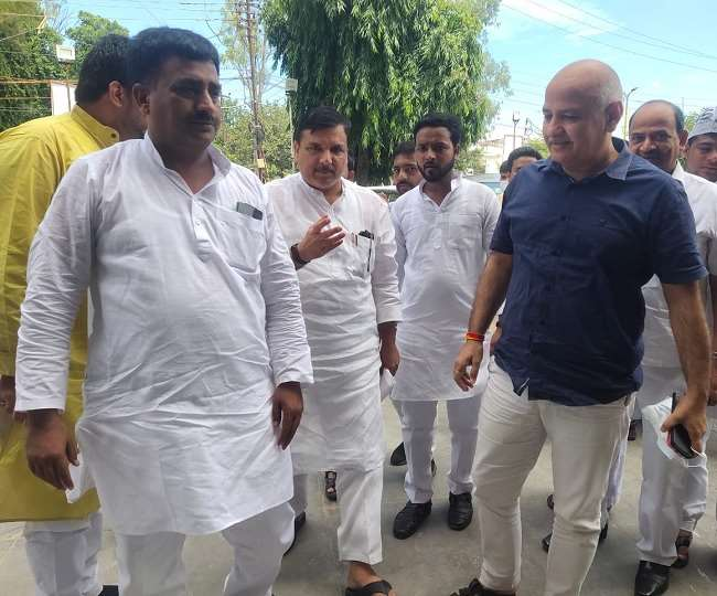 UP Assembly Election 2022 AAP Will Start Election Campaign Form RamNagari  Ayodhya on 14th September Delhi Dy CM Manish Sisodia And Member RajyaSabha  Sanjay Singh Reached Ayodhya