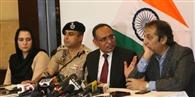 कश्मीर में पाबंदियां खत्म, कल से शुरू होगी मोबाइल सेवा