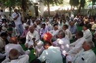 पंचायत में लिया गया फैसला, चुनाव बाद धरना देंगे किसान