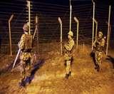 पाक ने फिर किया सीजफायर का उल्लघंन; भारत ने तबाह की तीन चौकियां, उरी में एक जवान शहीद