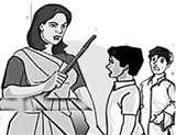 शादी करने की जिद पर अड़ी शिक्षिका ने स्कूल में की तोड़फोड़ Bareilly News