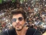 SRK Most Followed Indian Actor: अमिताभ बच्चन, अक्षय कुमार और सलमान ख़ान को पीछे छोड़ ट्विटर के किंग बने शाह रुख़ ख़ान