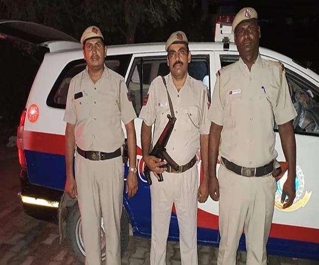 Govt Jobs: दिल्ली पुलिस में सब इंस्पेक्टर बनने का मौका, यहां जानें सैलरी समेत अन्य काम की बातें