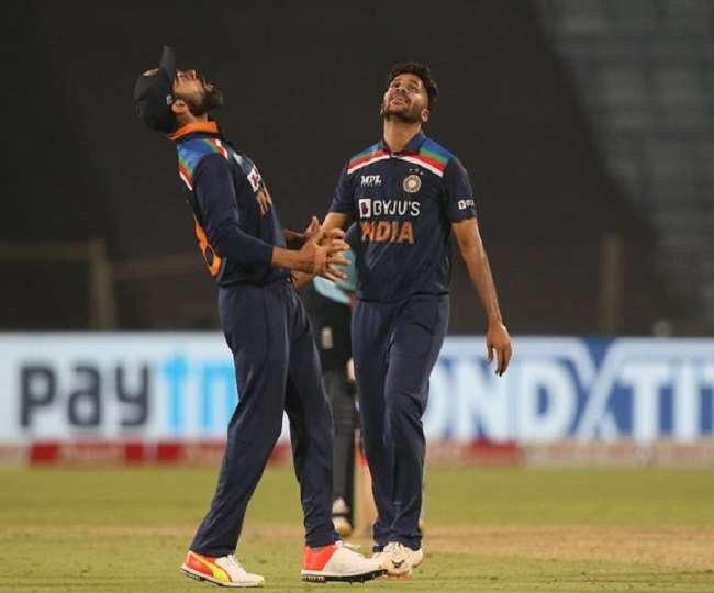 T20 World Cup India Squad: टी20 वर्ल्डकप टीम से Axar Patel हुए बाहर, शार्दुल ठाकुर की स्क्वॉड में एंट्री