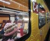 IRCTC Tejas Express : शरारती तत्वों ने फिर तोड़े तेजस के शीशे, पांच खिड़कियां हुईं क्षतिग्रस्त Lucknow news