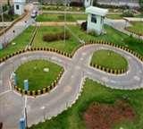 चार से आठ गुणा तक बढ़ाई डीएल की फीस, सुविधा के नाम पर लंबा इंतजार Jalandhar News