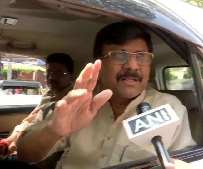 Maharashtra Political Crisis: अस्पताल से बाहर आते ही राउत बोले- शिवसेना से ही होगा सीएम