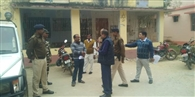 बिचौलिए को छापामार दल ने किया गिरफ्तार, थाना से हुआ फरार