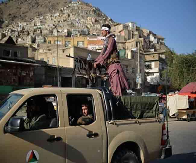 तालिबान के खिलाफ हजारों अफगानों ने किया प्रदर्शन