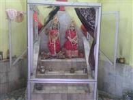 शरद पूर्णिमा : नदी में लगाई डुबकी, मंदिरों में किया पूजन
