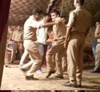 डांस पार्टी में थिरके पुलिसकर्मी, वीडियो वायरल