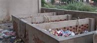 कचरे से खाद बनाने का प्रोजेक्ट कूड़े के ढेर में दबा