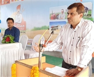 तिवारीपुर में किसानों को तीन करोड़ का ऋण वितरित