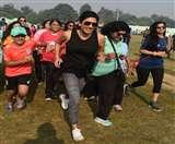 फिट इंडिया अभियान: फिट रहने का संदेश लेकर निकले मेरठी, बच्चे-बूढ़े सब दौड़े Meerut News