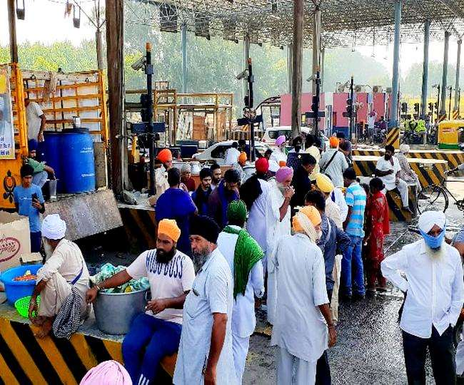 Companies operating toll plazas in Punjab