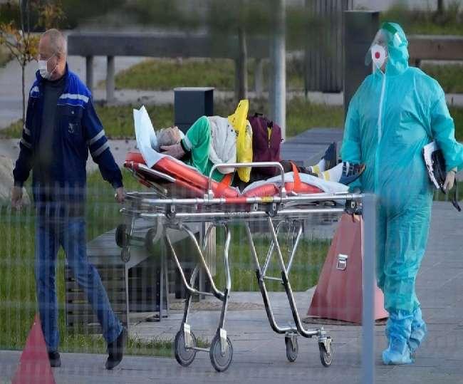 रूस में कोरोना महामारी अभी भी चरम पर है