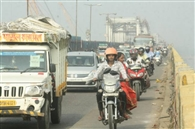 सोनपुर मेला को लेकर गांधी सेतु पर वाहनों का बढ़ा दबाव