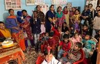 शिवपुरी आंगनबाड़ी केंद्र में मनाया बाल दिवस
