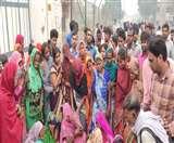 High Voltage लाइन का तार टूटकर गिरा खेत में, किसान के लिए साबित हुआ काल Agra News