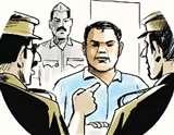 भोगनीपुर सीओ को चौकी के पीछे चलता मिला जुआडख़ाना, दारोगा निलंबित Kanpur News