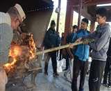शहीद क्षेत्री की अंतिम यात्रा में उमड़ा हुजूम, सैन्य सम्मान के साथ अंत्येष्टि