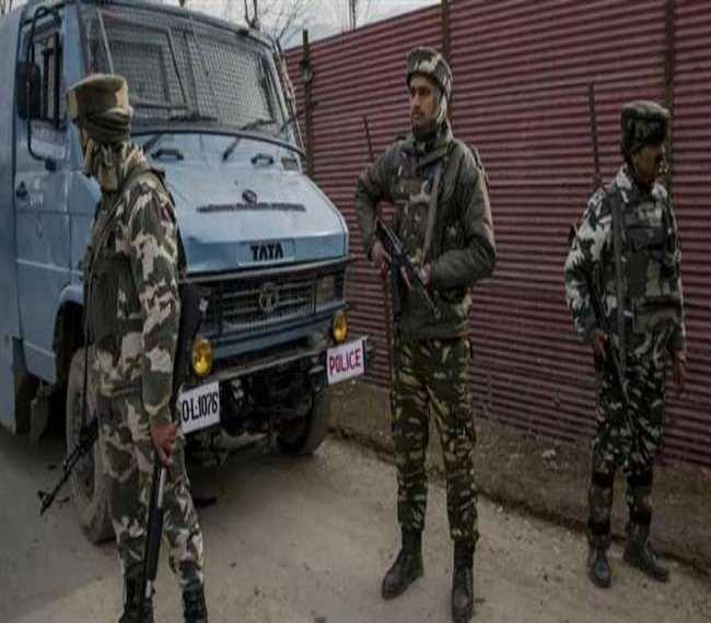 इस हमले के उपरांत नाटीपोरा में पुलिस और सुरक्षाबलों ने तलाशी अभियान शुरू कर दिया है।