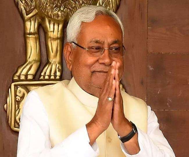 बिहार के मुख्यमंत्री नीतीश कुमार की तस्वीर ।