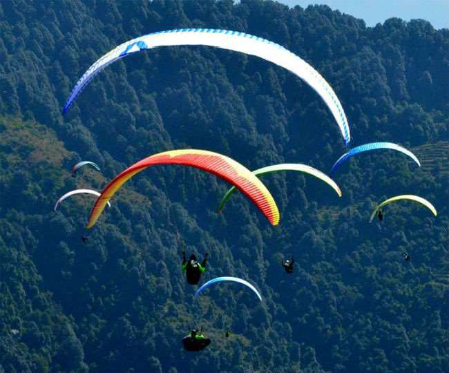 Paragliding Ban in Bir Billing valley of Kangra due to Coronavirus