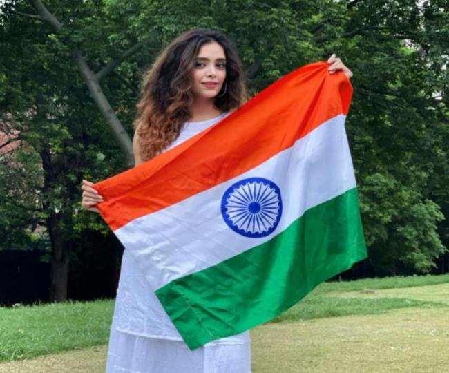 मध्य प्रदेश के इंदौर की रहने वाली 25 वर्षीय दीपिका।