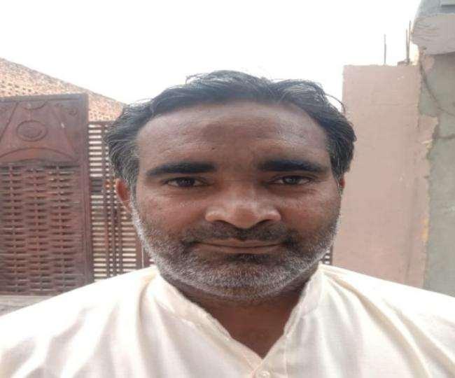 संजय गौतमबुद्धनगर जिले में पिछले कई सालों से लोगों को पर्यावरण के प्रति जागरुक करने की मुहिम छेड़े हुए हैं।