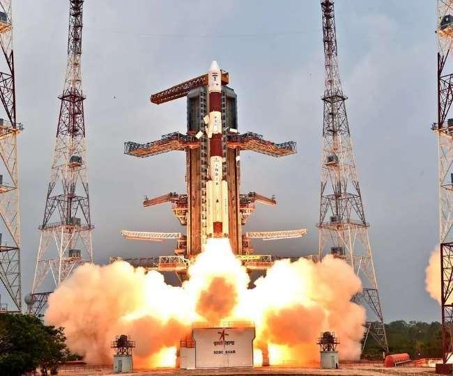 भारत के गगनयान मिशन को वर्ष 2022 के अंत या वर्ष 2023 की शुरुआत में भेजे जाने की संभावना है।