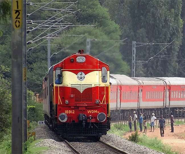 कल ओडिशा में मालगाड़ी डीरेल होने से कई ट्रेनें रद हुई थीं