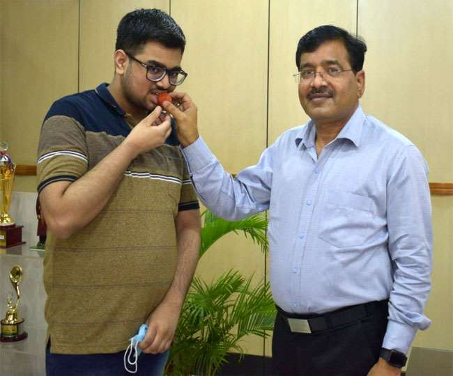 JEE Main Result 2021, Jharkhand Hindi News झारखंड के टॉपर राहुल कुमार।