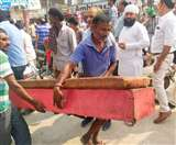 इंप्रूवमेंट ट्रस्ट ने अतिक्रमण के खिलाफ चलाया अभियान, दुकानदारों ने किया विरोध Ludhiana News
